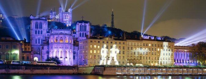 Fête des lumière à Lyon. Illuminations de Fourvière et du vieux Lyon