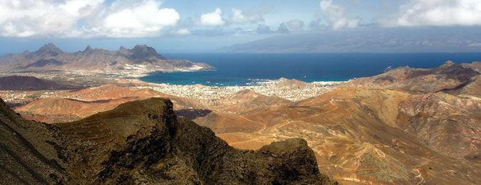 Côte des îles du Cap-Vert dans l'Atlantique