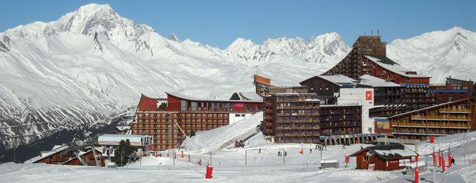 La station des Arcs en hiver dans les Alpes françaises