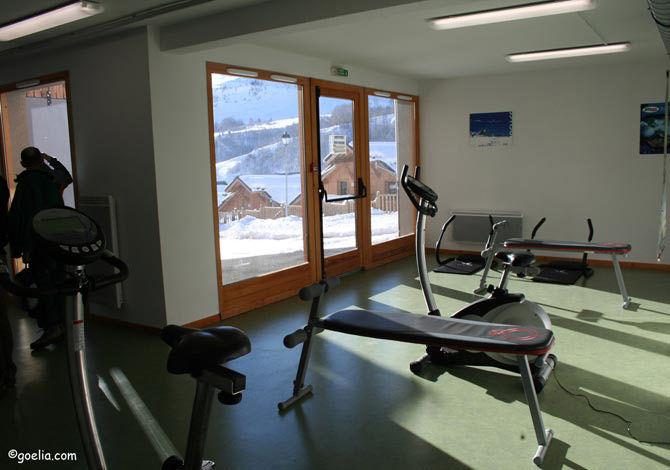 France - Alpes - Saint Jean d'Arves - Résidence Les Chalets des Ecourts 3* - Hébergement + Remontées mécaniques + Matériel de ski - Offre à Saisir